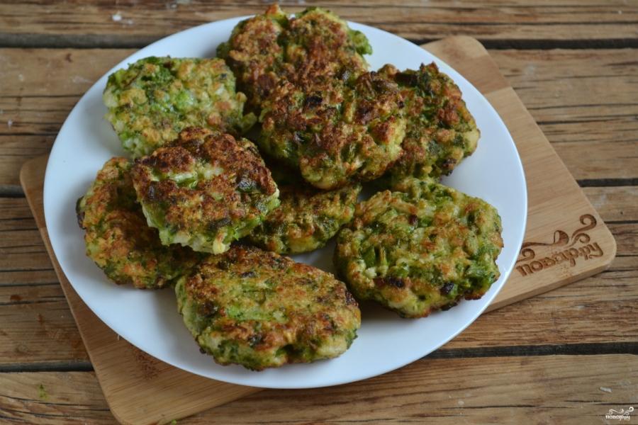 Котлеты из брокколи и цветной капусты - фото шаг 7