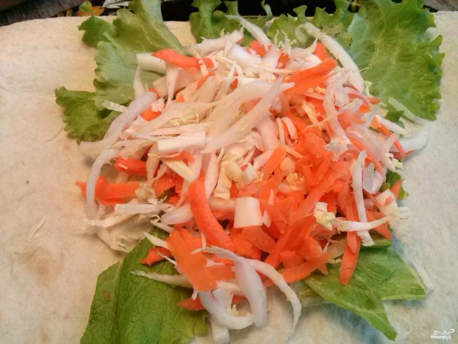 Салат в лаваше с курицей - фото шаг 4