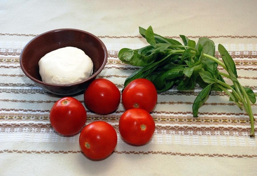 Рецепт Закуска с сыром Моцарелла