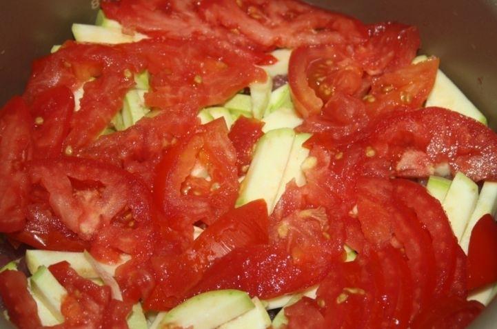 Телятина с овощами в мультиварке - фото шаг 4