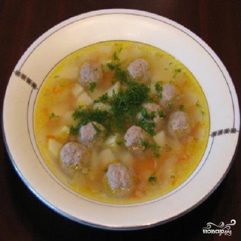 Итальянский суп с куриными фрикадельками