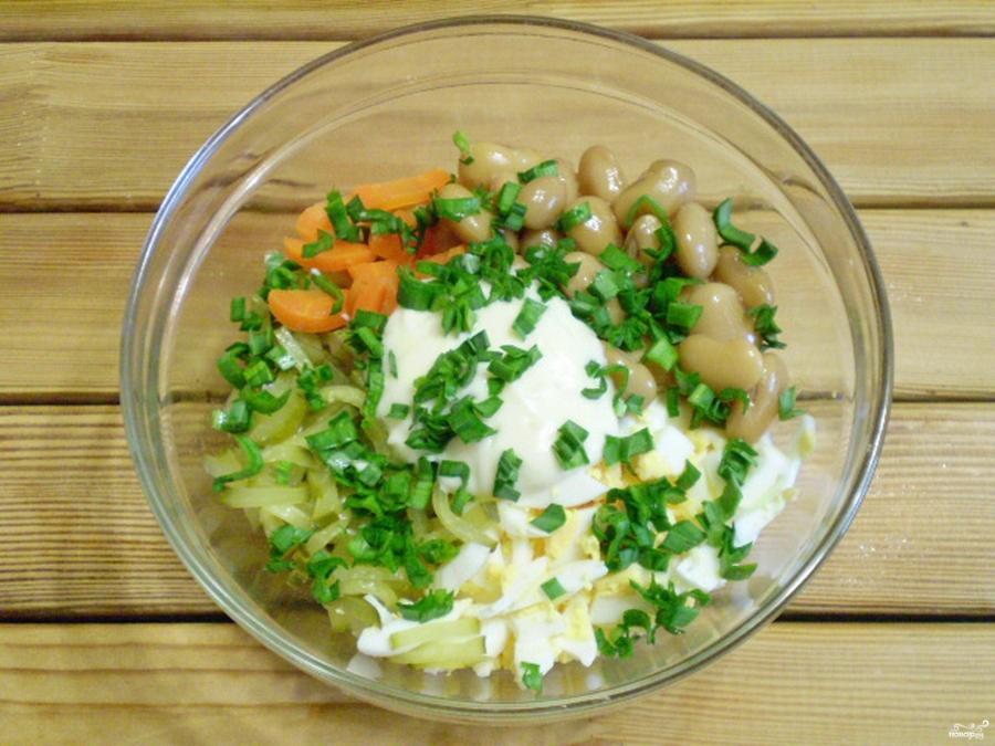 Салат с консервированной фасолью - фото шаг 3