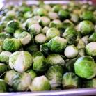 Рецепт Брюссельская капуста с бальзамическим уксусом и клюквой