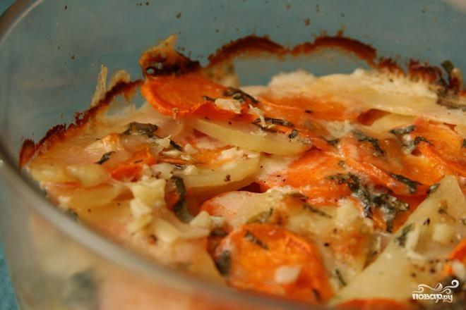 Картофельная запеканка с сырным соусом