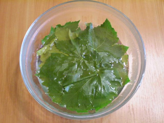Виноградные листья на зиму - фото шаг 3