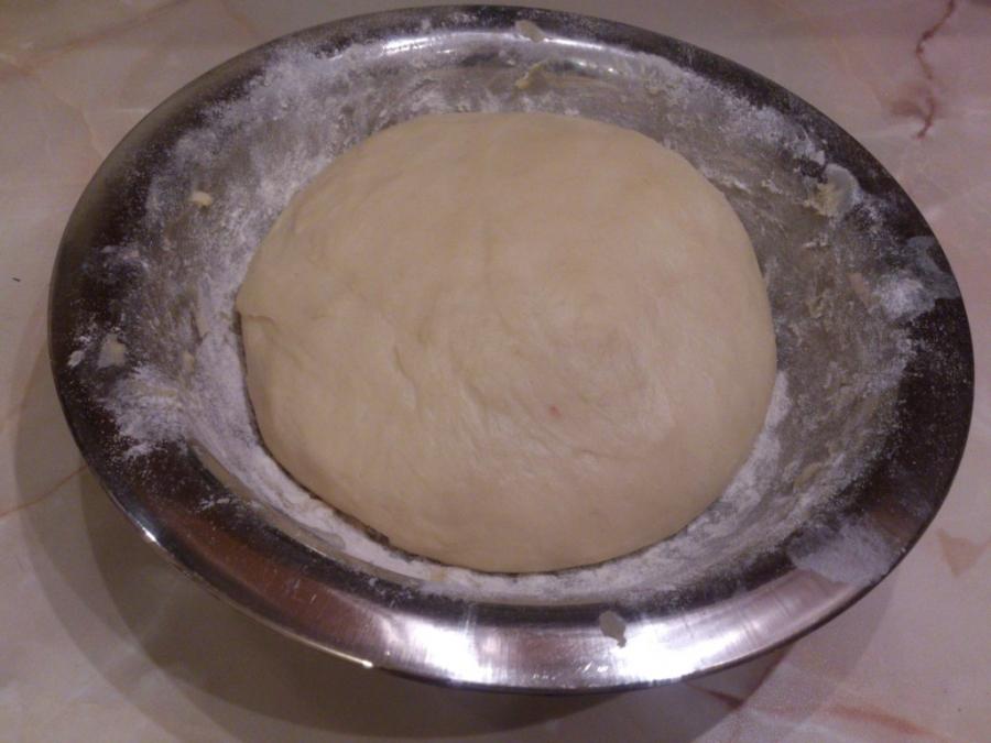 Тесто для пиццы на кефире - фото шаг 6