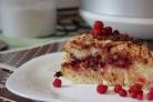 Пирог с брусникой в мультиварке