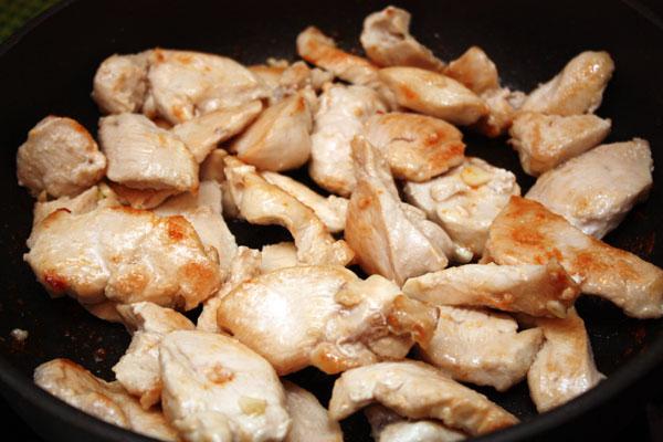 Курица в сливках - фото шаг 1