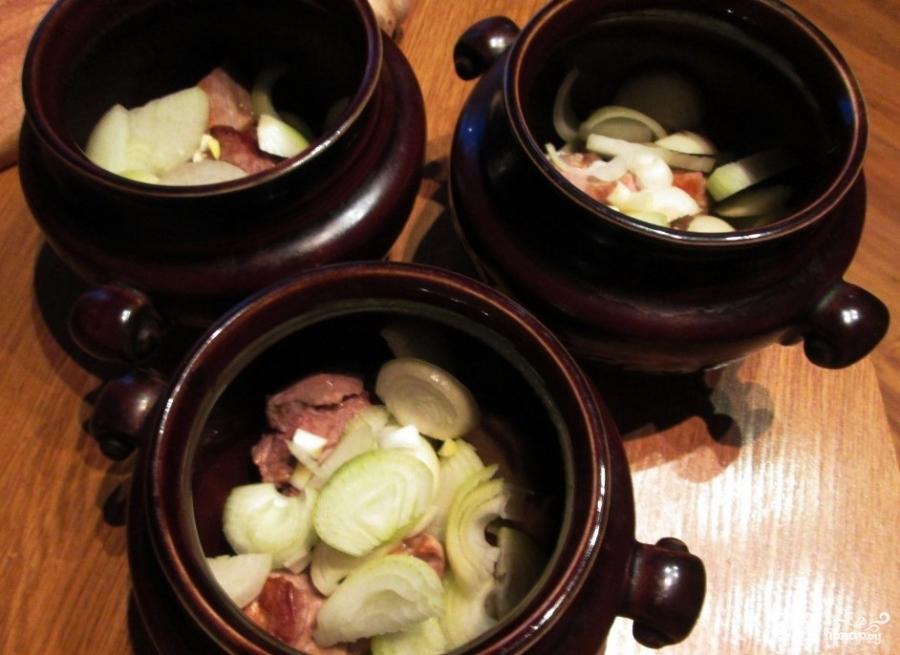 Говядина с гречкой в горшочке - фото шаг 4