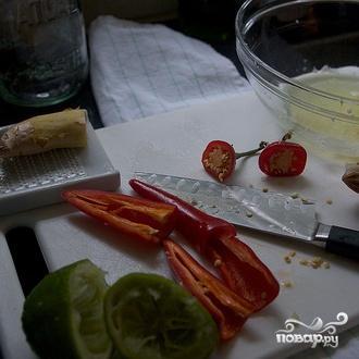 Вьетнамский салат с лапшой и креветками - фото шаг 1