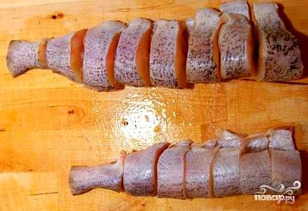 Щука, тушенная с морковью и луком - фото шаг 2