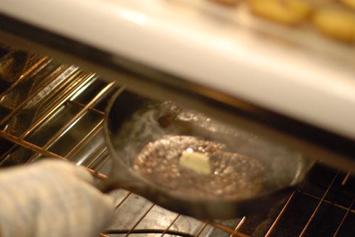 Стейк из телятины на сковороде - фото шаг 4