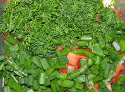 Салат крабовый с сыром - фото шаг 5