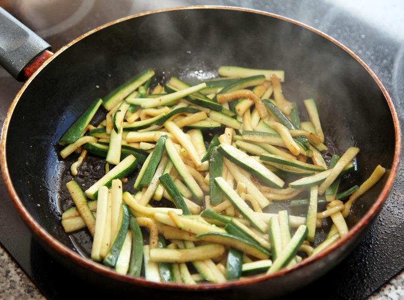 Рецепт Курица карри с овощами