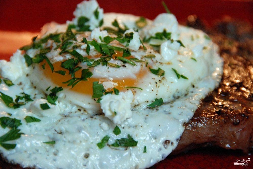 Рецепт Антрекот с яйцом