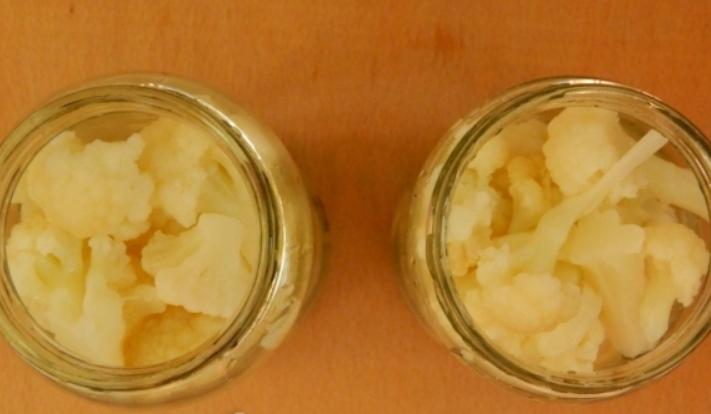 Маринованная капуста с лимонной кислотой на зиму - фото шаг 5
