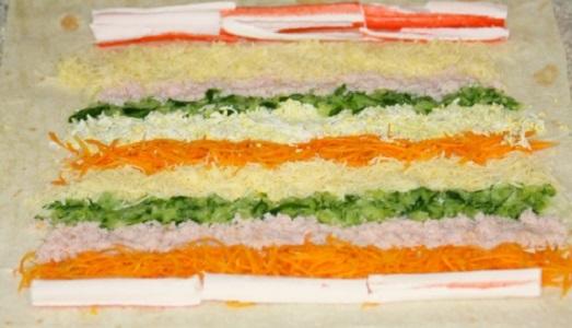 как приготовить рулет из лаваша с корейской морковкой