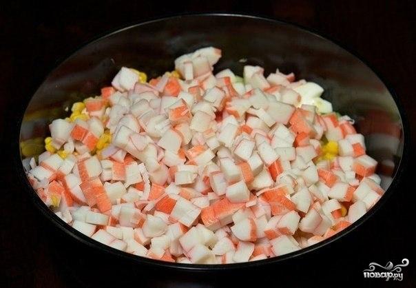 Крабовый салат с пекинской капустой - фото шаг 5