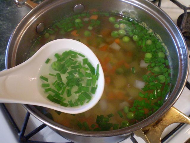 Простой овощной суп - фото шаг 6