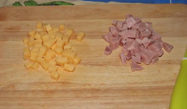 Оладьи с ветчиной и сыром - фото шаг 4