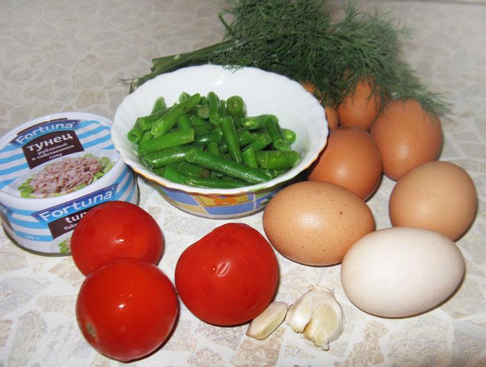 Омлет с тунцом и помидорами   - фото шаг 1