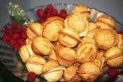 Орешки со сгущенкой в орешнице