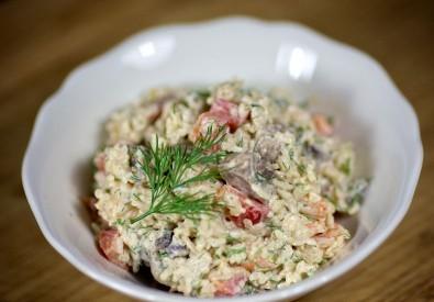 Салат из креветок, грибов и риса - фото шаг 10
