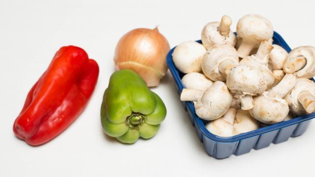 Рецепт Бутерброды с грибами и перцем