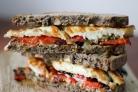 Бутерброды с баклажанами и чесноком