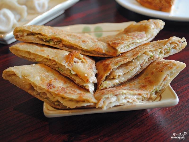 Рецепт Блины с курицей и сыром