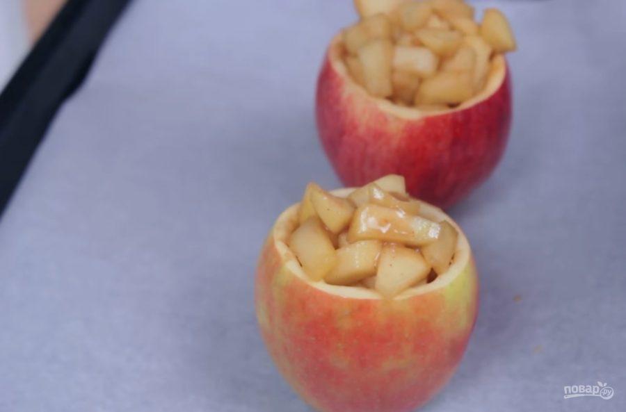Яблоки целые в карамели рецепт с фото