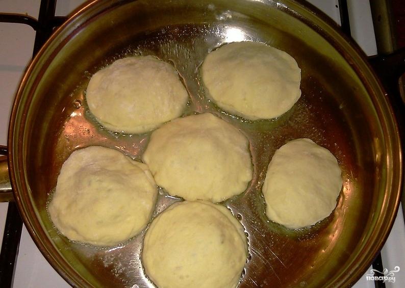 Тесто на кефире для пирожков с щавелем