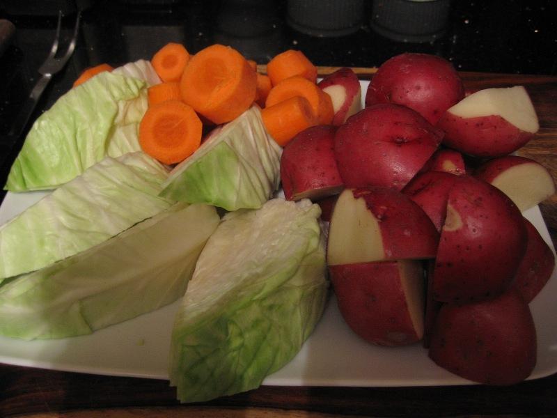 Солонина с картофелем - фото шаг 3