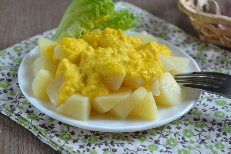 Картошка под чесночным соусом