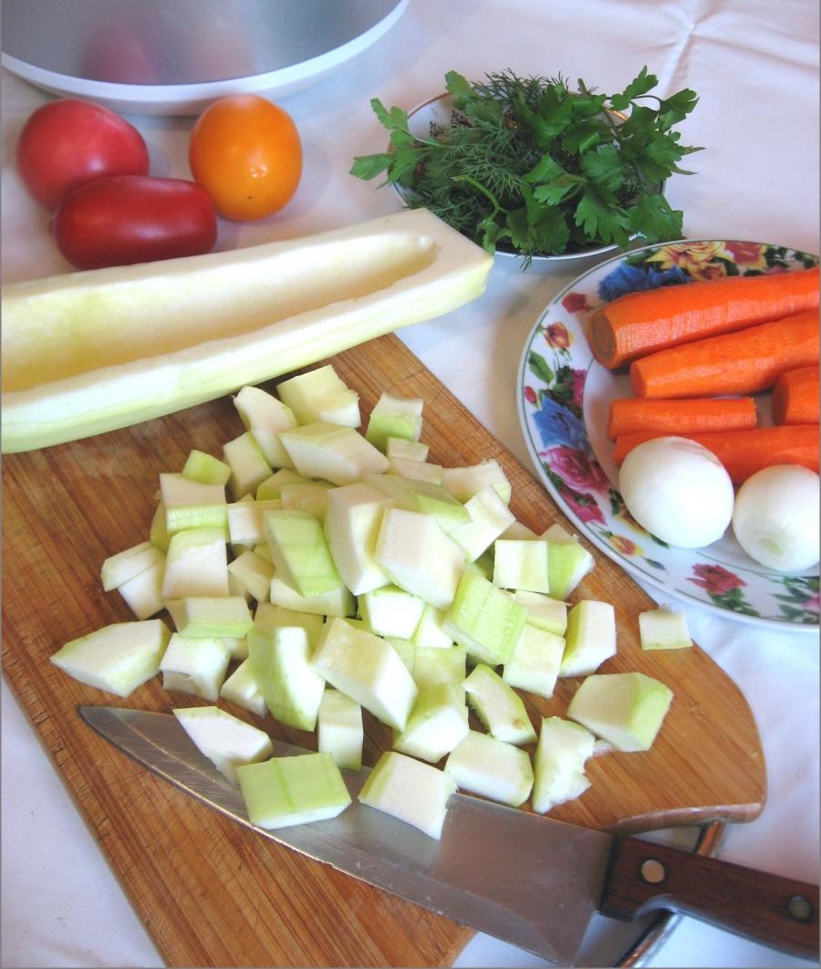 Рецепт Говядина с кабачками в мультиварке