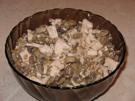 Пирог с грибами и мясом - фото шаг 9