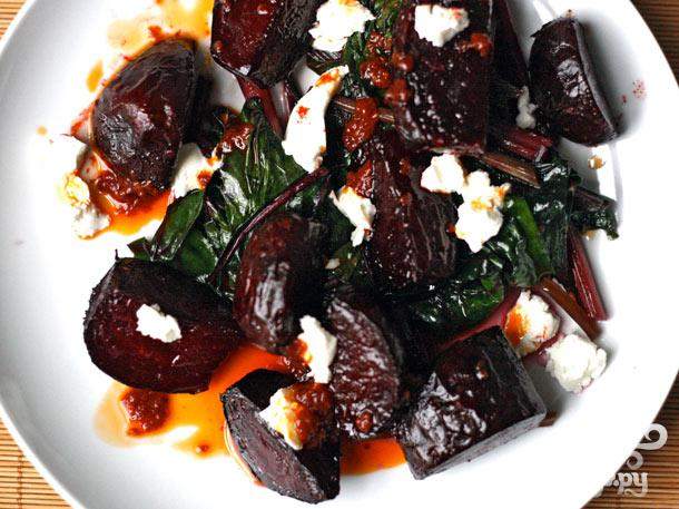 Рецепт Салат из жареной свеклы