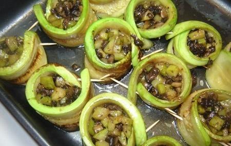 Крабовый салат рецепт с кукурузой и рисом с фото пошагово в