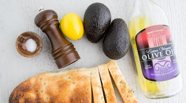 Рецепт Бутерброды с намазкой из авокадо