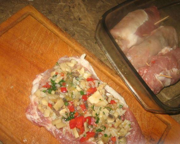 Крученики из свинины - фото шаг 5