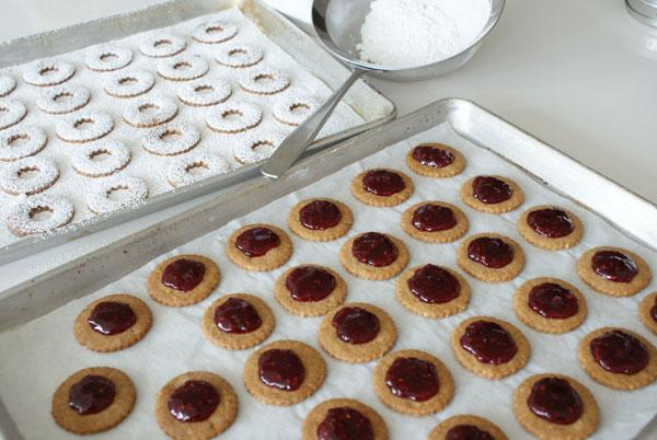 Печенье с джемом - фото шаг 14
