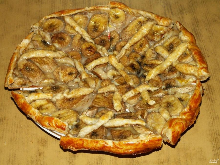 Банановый пирог из слоеного теста - фото шаг 9