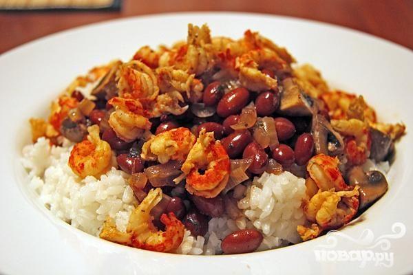 Креветки с имбирем и рисом