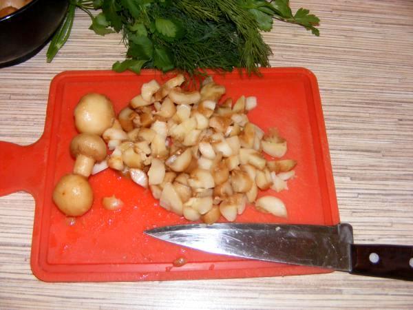 Зразы с мясом и грибами - фото шаг 2