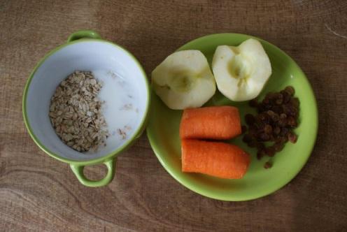 Морковно-яблочные оладьи - фото шаг 1
