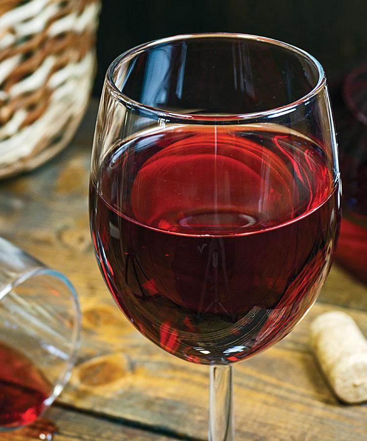 Домашнее вино из красной смородины - фото шаг 5