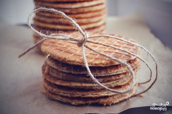 Голландские вафли с карамелью