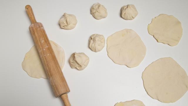 Бездрожжевые жареные пирожки с картошкой - фото шаг 7