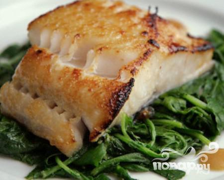 Рецепт Камбала со шпинатом и паприкой
