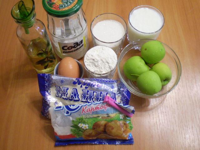 Рецепт Манник с яблоками на кефире